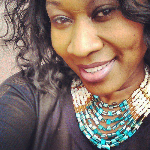 nigerian wedding beads, nigerian beads, traditional engagement beads, traditional wedding beads, nigerian traditional wedding beads, beaded statement necklace with mother-of-pearl cream and teal beads